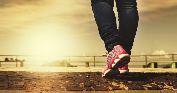 Kvinde der motioner